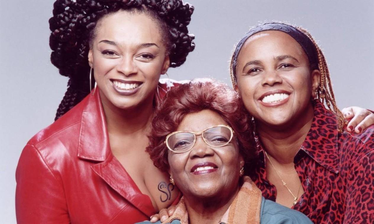 A cantora participou de um tributo à Clementina de Jesus, em 2001 Foto: Divulgação