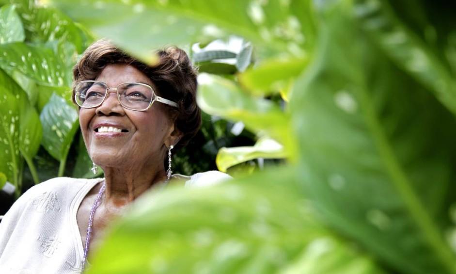 Dona Ivone Lara faz 90 anos, em 2011 Foto: Mônica Imbuzeiro / Agência O Globo