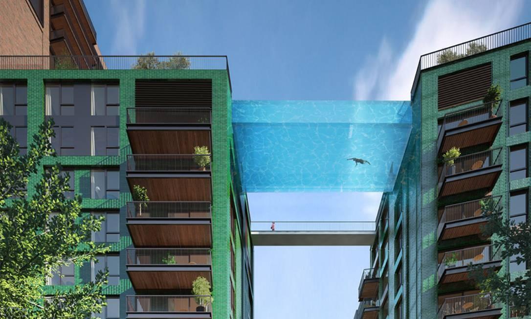 Os prédios Embassy Gardens, em Londres, ainda estão sendo construídos. O projeto prevê uma piscina (com três metros de profundida) que ligará as duas construções e promete se tornar uma atração por si só, já que poderá ser vista por quem passar ao redor Foto: Embassy Gardens/Divulgação