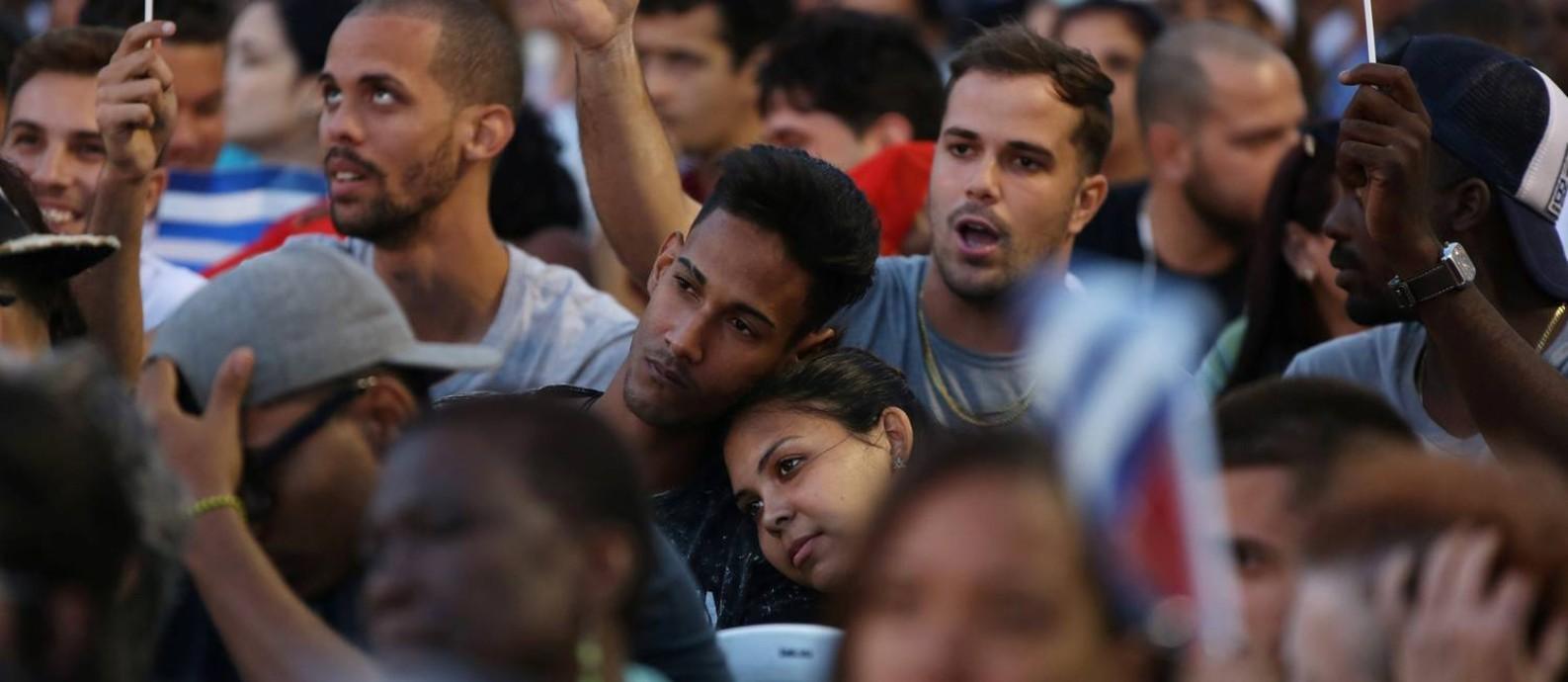 Estudantes durante a cerimônia pela Revolução Cubana, em Havana Foto: ALEXANDRE MENEGHINI / REUTERS