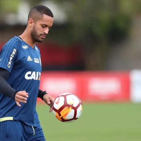 ES Rio de Janeiro (RJ) 27/02/2018 Treino do Flamengo. O volante Romulo durante o treino. Foto Gilvan de Souza / Flamengo Foto: Agência O Globo