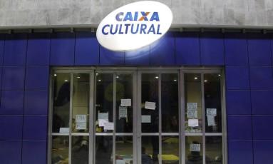 Fachada da Caixa Cultura do Rio Foto: Pedro Teixeira / Agência O Globo