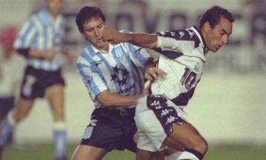 Vasco com Edmundo enfrentou o Racing na Supercopa da Libertadores de 1997 Foto: Custódio Coimbra