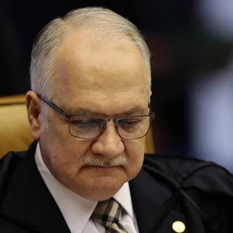 O ministro Edson Fachin, durante sessão do STF Foto: Jorge William / Agência O Globo