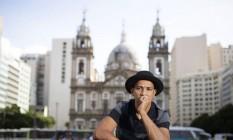 O diretor de teatro e artista plástico Adilson Dias Foto: Leo Aversa / Infoglobo