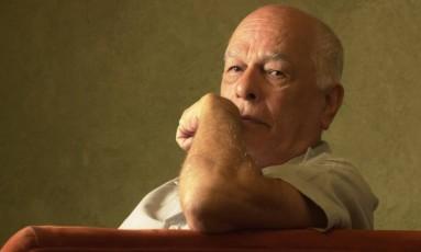 Data 29/01/02 Editoria Cultura Nelson Pereira dos Santos(cineasta) O cineasta esta fazendo um documentario sobre O Sergio Buarque de Holanda Foto: Pio Figueiroa / FOTO : PIO FIGUEIROA/VALOR