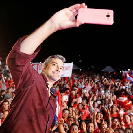 Mario Abdo Benítez, o 'Marito', candidato pelo Partido Colorado Foto: ANDRES STAPFF / Andres Stapff/REUTERS/18-4-2018