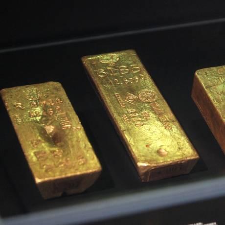 Foto de arquivo tirada em 10 de abril de 2018 mostra barras de ouro na exposição