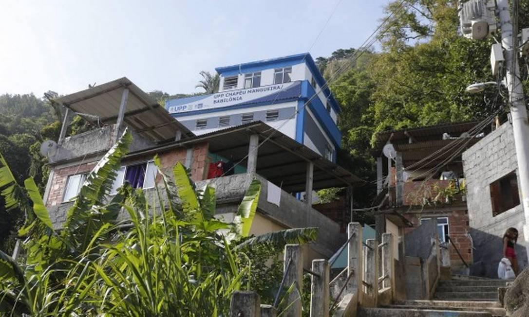 As comunidades de Babilônia e Chapéu Mangueira receberam uma UPP em 2009 Foto: Domingos Peixoto