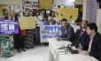 Parentes de presos que ainda não foram liberados participaram da coletiva com a Defensoria Pública do Estado do Rio de Janeiro, que contou com a presença do artista circense Pablo Martins, o único solto até o momento