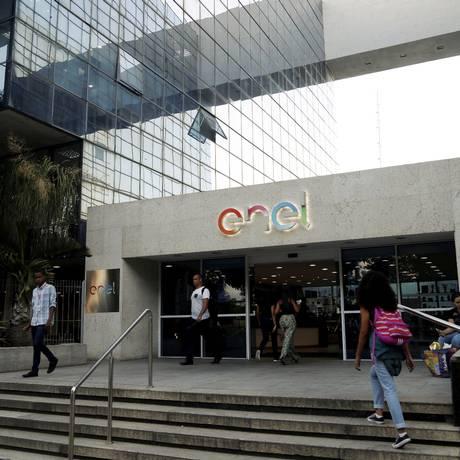 Sede da Enel em Niterói Foto: Fábio Guimarães / Agência O Globo