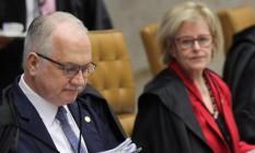 O ministro Edson Fachin, durante sessão do Supremo Tribunal Federal Foto: Ailton de Freitas/Agência O Globo/18-04-2018