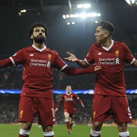 Salah e Roberto Firmino comandam o ataque do Liverpool Foto: Rui Vieira / AP