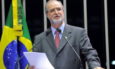 Ex-governador mineiro Eduardo Azeredo Foto: Agência Senado