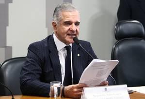 O deputado Júlio Lopes (PP-RJ) durante a leitura do relatório da MP 814 Foto: Vinicius Loures / Câmara dos Deputados