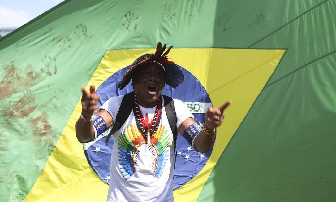 Desde segunda-feira, estão no acampamento Terra Livre, montado no Memorial dos Povos Indígenas Ailton de Freitas / Agência O Globo