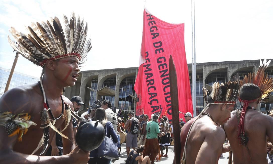 O ato contou também com apoio do Greenpeace Ailton de Freitas / Agência O Globo