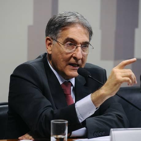 O governador de Minas Gerais, Fernando Pimentel, participa de comissão no Senado Foto: Marcos Oliveira/Agência Senado/03-10-201