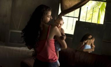O vírus da zika ataca as células-tronco neurais, provocando danos ao desenvolvimento de fetos em gestantes. Essa característica permite que o vírus destrua tumores Foto: Márcia Foletto / Agência O Globo