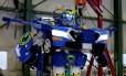 O robô J-deite Ride em demonstração no Japão Foto: TORU HANAI / Toru Hanai/Reuters