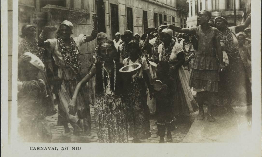 'Carnaval no Rio', cópia fotográfica de gelatina e prata de autoria de Aliwu Foto: Divulgação