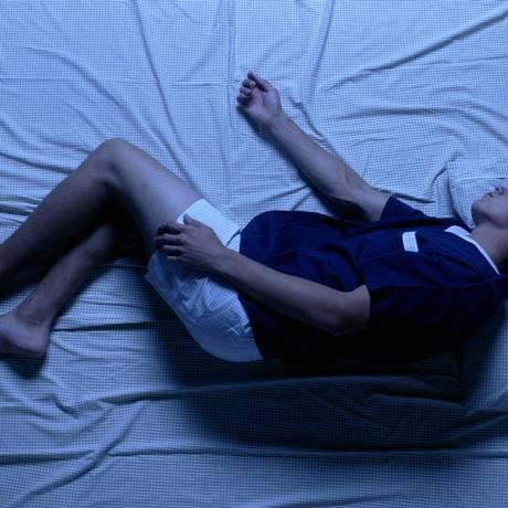 09.12.2003 - Fabio Seixo - JF - Posições no sono. Foto: Fábio Seixo / Síndrome das pernas inquietas atrapalha o sonho