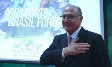 Geraldo Alckmin participa de encontro com a CNA, em Brasília Foto: Ailton de Freitas / Agência O Globo