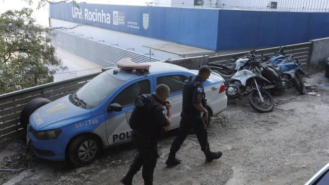Policiais da UPP da Rocinha, comunidade da Zona Sul do Rio Foto: Agência O Globo
