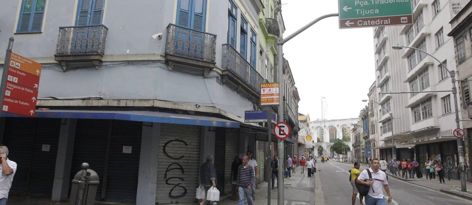 Trecho a Rua dos Inválidos e a Rua do Lavradio, na região central do Rio (Arquivo) Foto: Agência O Globo