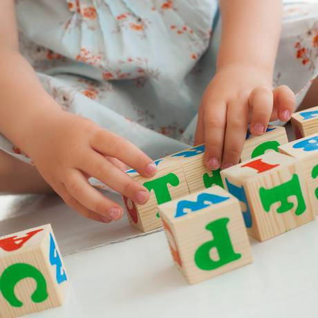 Exames foram realizados com bebês de 3, 6, 9, 12, 18, 24 e 36 meses de idade Foto: shutterstock.com/Olena Chukhil