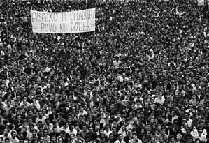 A passeata dos Cem Mil foi o maior protesto contra o regime militar no Brasil Foto: Evandro Teixeira