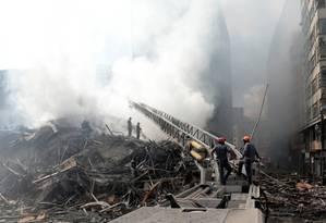 MP arquivou em março investigação sobre condições do prédio que desabou em SP Foto: Leonardo Benassatto / Reuters