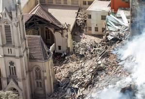 Igreja Luterana foi destruída após prédio desabar no Largo do Paissandu, em São Paulo Foto: Marivaldo Oliveira /Código19 / Agência O Globo