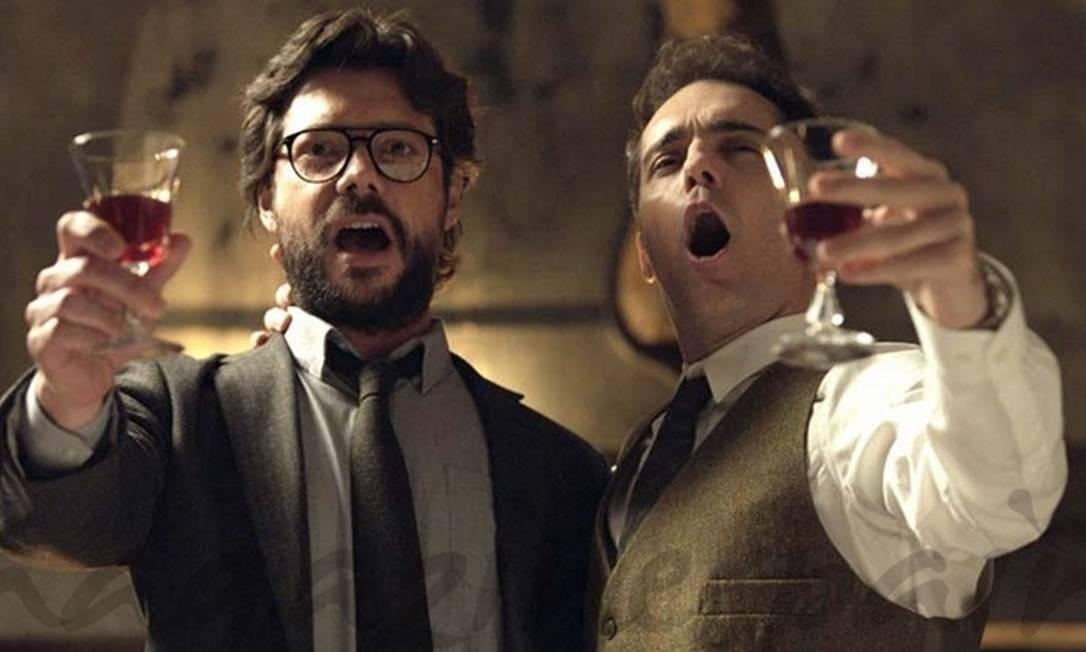 Professor e Berlim cantam 'Bella ciao' Foto: Reprodução