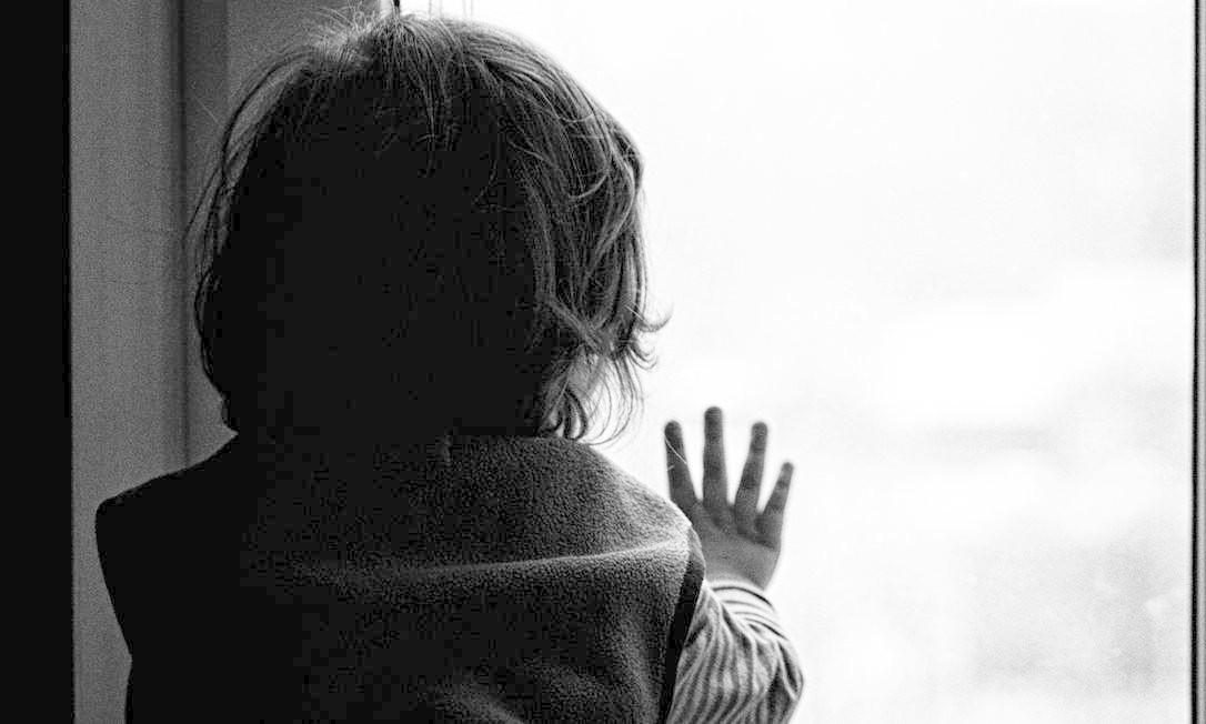 Resultado de imagem para Fotos crianças estupradas vitimas