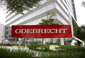 Fachada da sede da Odebrecht em São Paulo: empresa envolveu-se em escândalos em 12 países Foto: Edilson Dantas / Agência O Globo/2-12-2016