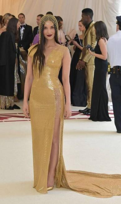 Olivia Munn vestiu uma peça da fast fashion H&M Neilson Barnard / AFP