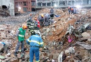 Bombeiros localizam segunda vítima de desabamento de prédio Foto: Divulgação/Bombeiros SP