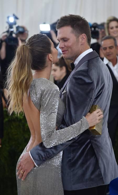 O casal sempre apaixonado e sem vergonha de mostrar o amor diante das câmeras Foto: Theo Wargo / Getty Images For US Weekly