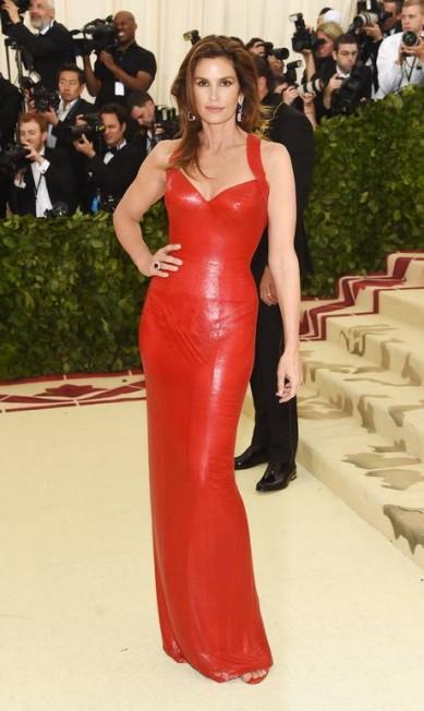 Cindy Crawford, de Versace Jamie McCarthy / Getty Images