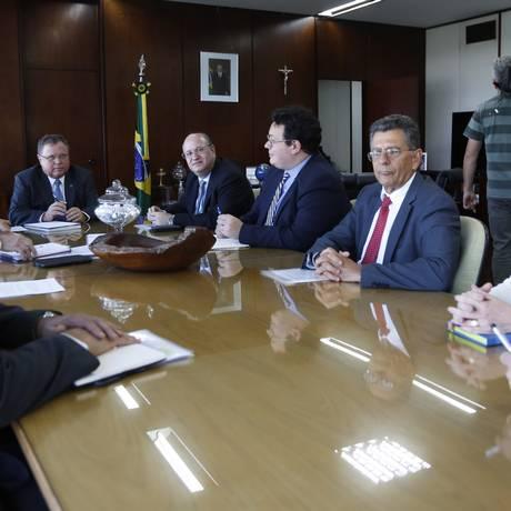 Reunião da equipe econômica do governo com o ministro da Agricultura, Blairo Maggi Foto: Michel Filho / Agência O Globo