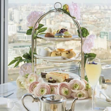 O Royal Botanical Afternoon Tea, chá da tarde do Shangri-la de Londres, inspirado no casamento real inglês Foto: Shangri-la Hotels / Divulgação