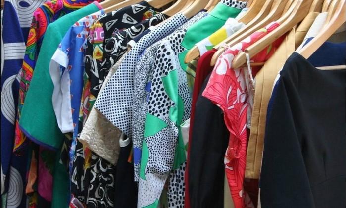 274037aec2 É preciso estar atento a seus direitos ao escolher peças de vestuário -  Divulgação