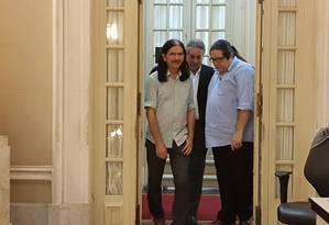 Vereadores do PSOL saindo de uma reunião com o presidente da Câmara do Rio Foto: Agência O Globo