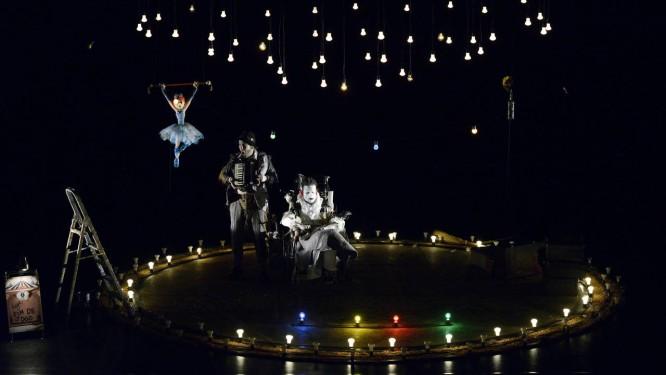 Henrique Nerys e Jorge Vermelho estrelam espetáculo na Caixa Cultural Foto: Divulgação/Jorge Etecheber