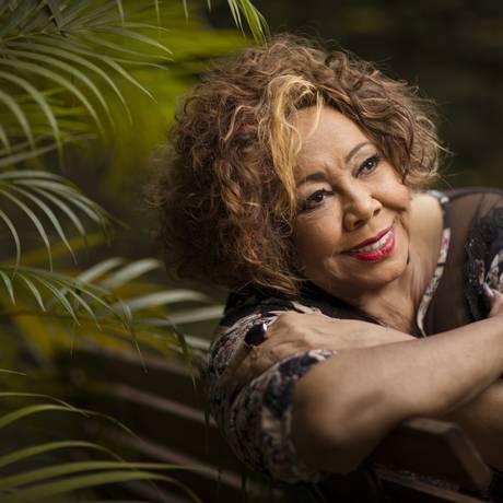A cantora Alcione: 70 anos de vida e 45 anos de carreira serão celebrados em grande estilo Foto: Leo Martins / Agência O Globo