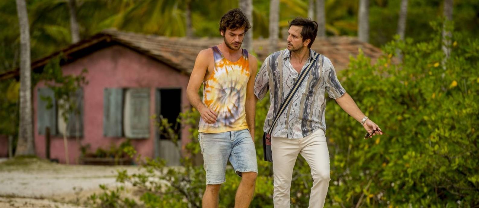 O cantor de axé Beto (Emilio Dantas) e Remy (Vladimir Brichta), personagens centrais da trama de 'Segundo sol' Foto: Divulgação