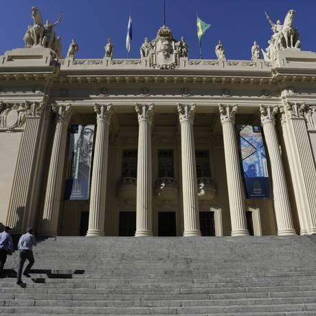 Entrada da Assembleia Legislativa do Rio Foto: Gustavo Miranda / O Globo