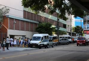 Bebê estava no colo da mãe quando foi atingido por uma bala no ombro Foto: Carlos Ivan 03-02-2014 / Agência O Globo