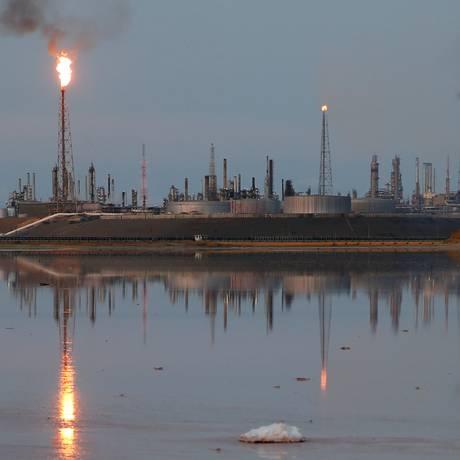 Complexo de refinarias Amuay, da estatal venezuelana PDVSA, em Punto Fijo, Venezuela Foto: Carlos Garcia Rawlins / REUTERS